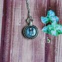 Gorjuss kislányos üveglencsés nyaklánc- zsebóra, Ékszer, Nyaklánc, Zsebóra alakú és díszítésű medálalapba helyeztem a Gorjuss kislányt ábrázoló képet, aki..., Meska