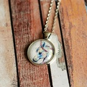Unikornisos üveglencsés nyaklánc, Ékszer, Nyaklánc, Antik ezüst színű medálalapba helyeztem ezt a gyönyörű színes unikorisos képet.  A kép és..., Meska