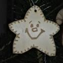 karácsonyfadísz045, Dekoráció, Ünnepi dekoráció, Karácsonyi, adventi apróságok, Karácsonyfadísz, Famegmunkálás, 3 mm vastag rétegelt fából készült függeszthető, igény szerint színre festhető vagy fújható, 5,5*5,..., Meska