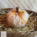 Tök dekoráció /NAGY/ kockás, Otthon, lakberendezés, Varrás, Ezek a kézzel készített tökök nagyszerű kiegészítői lehetnek lakásunk őszi dekorációjának. Meglephe..., Meska