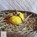 Tök dekoráció /KICSI/ sárga pöttyes, Otthon, lakberendezés, Varrás, Ezek a kézzel készített tökök nagyszerű kiegészítői lehetnek lakásunk őszi dekorációjának. Meglephe..., Meska