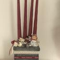 Barna-szürke-piros adventi dísz/koszorú, Dekoráció, Karácsonyi, adventi apróságok, Ünnepi dekoráció, Karácsonyi dekoráció, Virágkötés, Szürke dobozba készült cuki adventi dísz., Meska