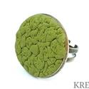 Zöld ékszergyurma gyűrű, Ékszer, Gyűrű, Ékszerszett, Süthető gyurmából készítettem ezt az egyedi, felületmintázott gyűrűt. Alapja antik bronz s..., Meska