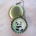 Bábi panda söröskupak füli, Ékszer, Fülbevaló, Bájos kis bébi pandás söröskupak fülbevaló mindenkinek, aki szereti ezeket a cuki és esetlen kis áll..., Meska