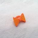 Narancs masnis gyöngyfűzött gyűrű , Ékszer, óra, Gyűrű, Ékszerkészítés, Gyöngyfűzés, Élénk narancssárga színű parányi masnit készítettem, mely mutatós, de nem hivalkodó kiegészítője le..., Meska