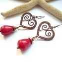 Jáde csepp szívvel - vörösréz fülbevaló, Vörösréz drótból és festett jáde ásványgy...