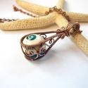 Csigabiga - réz nyaklánc, Ékszer, Medál, Nyaklánc, Vörösréz drótból és műgyantával kiegészített, gömb alakúra csiszolt csigaházból készült medál és lán..., Meska