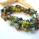 Hosszú zöldes - réz nyaklánc, Vörösréz drótból és különböző formájú,...