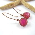 Pink - réz fülbevaló, Ékszer, Fülbevaló, Vörösréz drótból és színzett achát gyöngyből készült fülbevaló hosszú akasztón.  Akasztóval együtt 4..., Meska