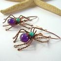 Pókok - réz fülbevaló, Vörösréz drótból és színezett jáde ásván...