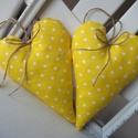 Vidéki romantika szívek - Polka dots (sárga), Vidám és nagyon kedves díszei lehetnek a lakás...
