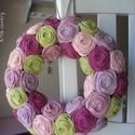 """Rózsakoszorú - """"Virágszín"""", 25 cm-es alapra készült ez a rószakoszorú. Kos..."""