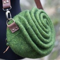 """Zöld út - Attitűd kollekció, Táska, Válltáska, oldaltáska, Ennek a táskának a """"titka"""" az út.  Tulajdonképpen nem is titok, mert ha gyerekkézbe kerül, rögtön me..., Meska"""