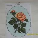 """Gobelin, sárga rózsa, Dekoráció, Gobelin, Hímzés, 15x20cm nagyságú, a háttér világoskék fonallal lett kihímezve. A képet """"postán maradó"""" levélként is..., Meska"""