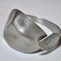 'Waving Curve' - ezüstösen csillógó fém karkötő kanálból (KK001), Antik fém kanálból készült karkötő egyedi h...