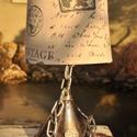 Antik tölcsér asztali lámpa, Dekoráció, Otthon, lakberendezés, Bútor, Lámpa, Antik tölcsérből és fém láncból készült egyedi asztali lámpa búrával, átlátszó vezetékkel. Lakozott ..., Meska