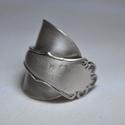elegáns ezüstözött fémgyűrű (GY111), Elegáns ezüstözött antik gyűrű, gyönyörű ...