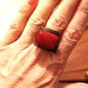 Ékszerüveg gyűrű Bozsoci részére, Bullseye ékszerüvegből készült gyűrű.