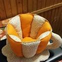 Tavaszi textil csésze, Konyhafelszerelés, Bögre, csésze, Varrás, 17cm magas, 19cm átmérőjű, nem törékeny, narancssárga és apró virágmintás vászonból készült és csak..., Meska