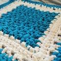Horgolt szőnyeg, Dekoráció, Otthon, lakberendezés, Lakástextil, Szőnyeg, Horgolás, Egyedi, vidám és fiatalos színekből készült szőnyeg pólófonalból.  Kiválóan alkalmas gyerekszobába,..., Meska