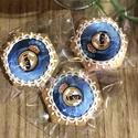 Real Madrid mézeskalács, Egyéb, Férfiaknak, Mézeskalacsból, kézzel készült. Mérete:7cm A minta cukorlapra , ételfestékkel nyomtatva minimum rend..., Meska