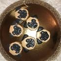 Mopsz mézeskalács, Egyéb, kézzel készült mézeskalács Magassága :6 cm , Meska