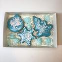 karácsonyi mézeskalács díszdobozban, Egyéb, Otthon & lakás, Képzőművészet, Kézzel készült mézeskalács A doboz mérete:10*15 cm 3 db mézeskalácsot tartalmaz , Meska
