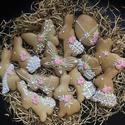 Húsvéti mézes, Kulinária (élelmiszer), Édességek, Méz, Mézeskalácssütés, kézzel készült mézeskalács A csomag 13 db mézest tartalmaz. Különböző formák. Különböző méretben Mé..., Meska
