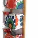Falra szerelhető tároló textil zsebekkel - rendszerező - zsebes tároló előszobába, konyhába, Otthon, lakberendezés, Bútor, Tárolóeszköz, Polc, Famegmunkálás, Varrás, Falra szerelhető textil zsebes tartó Ez egy jól kihasználható, praktikus falra szerelhető fali táro..., Meska