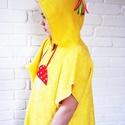 Kapucnis sárga törölköző, fürdőköpeny gomba mintával MEGRENDELÉSRE, LEFOGLALVA, Saját kézzel varrt kapucnis, bebújós, frottír...