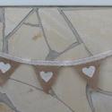 Zászlófüzér szívecskékkel - zsákvászonból és csipkéből, Dekoráció, Esküvő, Ünnepi dekoráció, Esküvői dekoráció, Mindenmás, Varrás, Ez a romantikus/rusztikus zászlófüzér remek kiegészítője lehet egy esküvőnek, fotózásnak, kerti par..., Meska