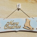 Merry Christmas tábla korcsolyával  - vintage stílusban, Dekoráció, Otthon, lakberendezés, Dísz, Ajtódísz, kopogtató, Festett tárgyak, Mindenmás, A koptatással adtam egy kis vintage hangulatot ennek a natúr-kék karácsonyi táblának :) Remélem, ho..., Meska
