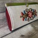 Vásárhelyi hímzéssel díszített pénztárca