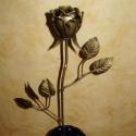 Kovácsoltvas rózsa., Mindenmás, Otthon, lakberendezés, Kovácsoltvas  rózsa rendelhető,egyenes szárral vagy csavart talppal.  Csokorban is lehet kérni,..., Meska