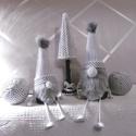Feketén-fehéren - manó szett, Dekoráció, Ünnepi dekoráció, Karácsonyi, adventi apróságok, Karácsonyi dekoráció, Mindenmás, Egy kis pöttyös beütéssel... Manó páros fenyőfával és gömb díszekkel fekete fehérben. , Meska