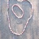 Peru gyöngyszemei - rózsaopál nyaklánc és karkötő szett -  ásvány ékszer szett - nyaklánc és karkötő - pinkopál, Ékszer, Ékszerszett, Karkötő, Nyaklánc, Gyönyörű pasztell színek! A Rózsaopál halvány rózsaszín színével népszerű féldrágakő. Egyetlen nagyo..., Meska