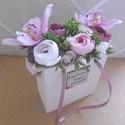 Szülőköszöntő - édesanyáknak - esküvői - virágtáska - esküvői szülőköszöntő virágtáskák, Esküvő, Esküvői dekoráció, Életünk egyik legfontosabb napjára készülve, ne feledkezzünk meg a szüleinkről. A polgári szertartás..., Meska