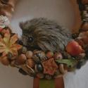 """Őszi kopogtató cuki kis sünivel - Sünis ajtódísz - őszi dekoráció - ajtódísz / kopogtató, Mi lehetne aranyosabb, mint egy kis """"szúrós"""" sü..."""
