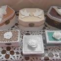 AKCIÓ! Esküvői gyűrűtartó doboz - gyűrűs doboz - Esküvői kellék - Gyűrűtartó, Esküvő, Esküvői dekoráció, Gyűrűpárna, Gyűrűpárna helyett... Fa alapú, hatszögletű festett, díszített gyűrűtartó dobozok, most akciósan, fé..., Meska