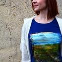 Meadow No.2, Ruha, divat, cipő, Női ruha, Felsőrész, póló, Festészet, Festett tárgyak, Egyedi kézzel festett póló, színes, eredeti motívummal. Kiváló minőségű textilfesték felhasználásáv..., Meska