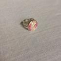 Virágmintás, üveglencsés gyűrű ezüst színű alapon, Ékszer, óra, Gyűrű, Virágmintás, üveglencsés gyűrű ezüst színű alapon  Az üveglencsék mérete: 16x16 mm  A ni..., Meska