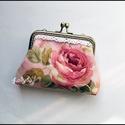 Pénztárca  - Romantikus rózsás, 10 cm-es szögletes , antik bronz színű fémkere...