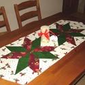 Karácsonyi patchwork asztali futó, Dekoráció, Ünnepi dekoráció, Karácsonyi, adventi apróságok, Karácsonyi dekoráció, A karácsonyi terítő 3 színű pamutvászon anyagból készült, patchwork technikával, hátlappal, gépi tűz..., Meska