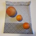 Geometriai mintás ablakos szütyő - szürke, Méret:30x40 cm Záródás:rögzítős zsinór...
