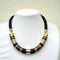 Otelló Lanka nyaklánc , Ékszer, Nyaklánc, Rövid állású,  meleg barna színárnyalatokkal selyemfonalból készült nyaklánc, arany   szerelékkel. L..., Meska