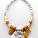 Aranyban-ezüstben  kétsoros Lanka nyakék, A nyakékhez arany és ezüst fonalat használtam ...