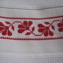 Hímzett törlőkendő, Otthon, lakberendezés, A kendőn lévő motívum keresztszemes hímzéssel készült. Hagyományos és modern konyhában egyaránt megá..., Meska