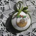 Karácsonyi dísz, Dekoráció, Karácsonyi, adventi apróságok, Ünnepi dekoráció, Karácsonyi dekoráció, A motívum keresztszemes hímzéssel készült. Alapja hungarocell-lencse. Átmérője: 9cm, Meska