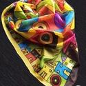 Hundertwasser ihlette selyemkendő (négyzet alakú), A szekrényemben rengeteg sál található, minden...
