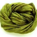"""""""zöld zuhatag"""" selyemsál stóla méretben (90 x 180 cm), Ruha, divat, cipő, Női ruha, Selyemfestés, Életerős, telt, középvilágos árnyalatú zöld. Az anyag ugyanaz, tisztaselyem,a méret viszont 90x180!..., Meska"""